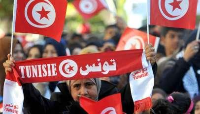 بين العسكر والنهضة؛ تونس إلى أين؟