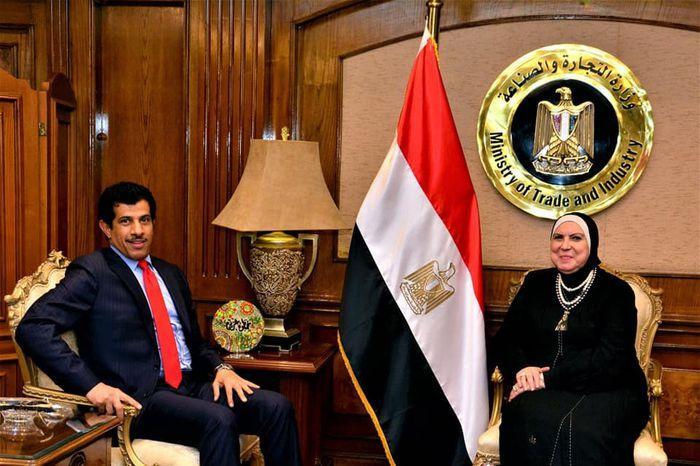 قراءة في خبر: نفين جامع مع السفير القطري في مصر ودعوة لرفع مستوى العلاقات بين البلدين